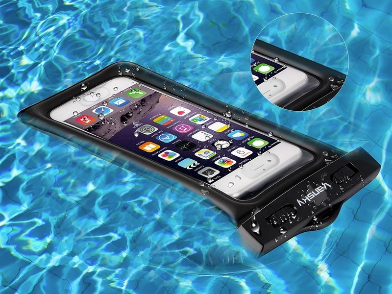 premium selection fd49e 3013c Keep your smartphone safe in the water with this $2 waterproof dry ...