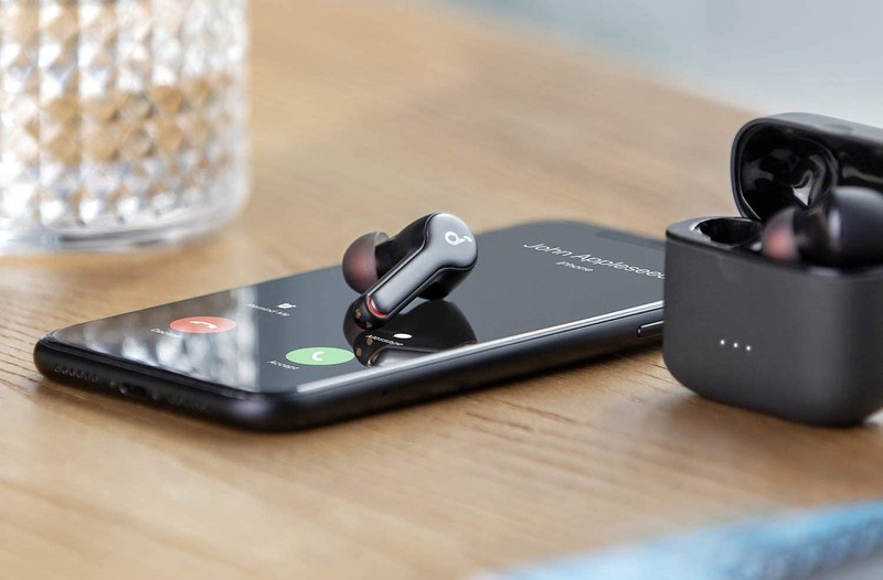 Anker Soundcore Liberty Air 2 Lifestyle