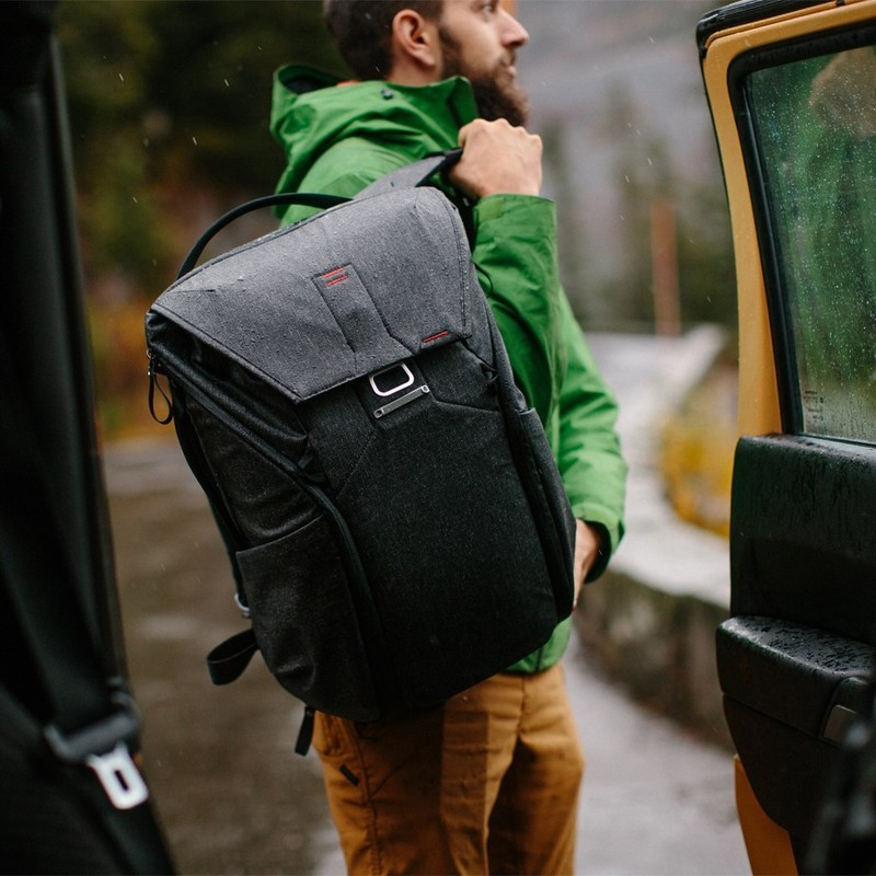 Here's your chance to score 45% off the Peak Design Everyday Backpack