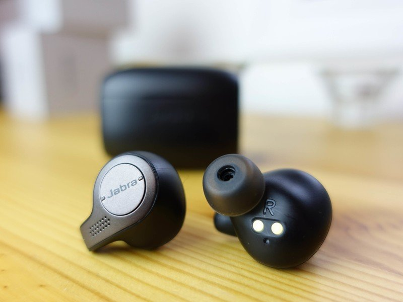 The Jabra Elite 65t True Wireless Earbuds Can Be Yours For 50 Refurbished With A Free 5 Gift Card Thrifter