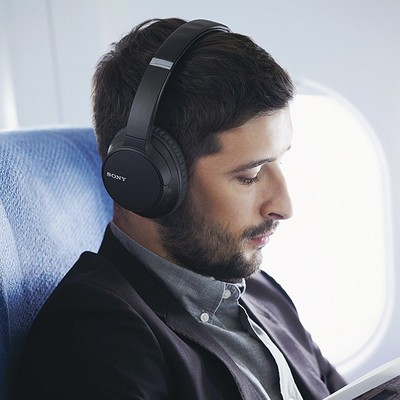 Sony WH-CH700N Bluetooth noise-cancelling headphones