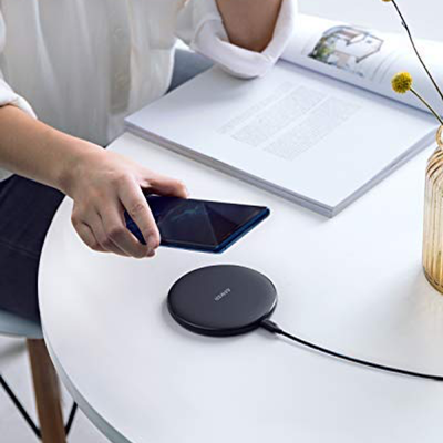 Anker PowerWave 10W Wireless Charger