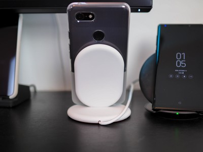 06837a1b05a The $40 Google Pixel Stand is the most advanced wireless charger you can  put on your desk