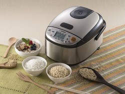 Get the $98 Zojirushi Micom Rice Cooker for its lowest price ever