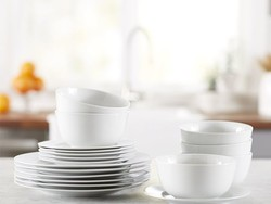 Set your dinner table with the $26 AmazonBasics 18-piece Dinnerware Set