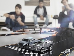 Race against AI drivers and friends with the $76 Anki Overdrive Starter Kit: Fast & Furious Edition