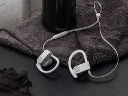 Snag a pair of Powerbeats3 wireless earphones for only $70 today