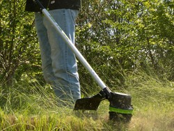 These discounted GreenWorks lawn tools are completely battery-powered