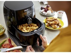 Try a new way of frying food with the $200 Philips Avance Airfryer
