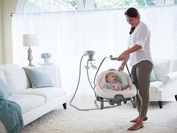 Today only, get select Graco baby items on sale at Amazon