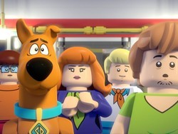This $8 Lego Scooby Doo mystery movie comes with a free Scooby Doo minifig