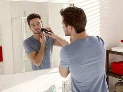 Sport a clean look with the $20 Philips Norelco Multigroom Kit