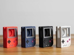 Elago's latest Apple Watch stand looks like the classic Nintendo Game Boy