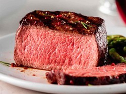 It'd be a mistake to miss out on this Omaha Steaks deal at over 50% off