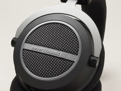 Save $225 on Beyerdynamic's high-end Amiron Home over-ear headphones today