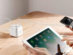 Power five things at once with $8 off with this Xcentz USB charging station