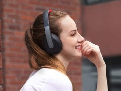 Anker's Soundcore Life Q10 Bluetooth headphones are down to $30