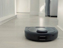 Clean up your mess with the Neato Botvac D4 robot vacuum on sale for $300