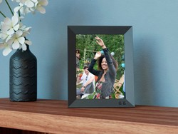 Display all your photos with Nixplay's digital photo frame on sale for $144