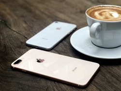 This refurb, unlocked iPhone 8 Plus is down to just $369 in mint condition