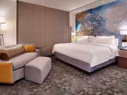Get 100K bonus points with this Marriott Amex offer
