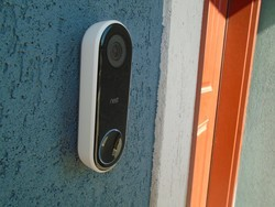 This Black Friday deal saves you $85 on the Nest Hello Smart Video Doorbell