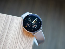 Track all your activity with the Samsung Galaxy Watch Active 2 down to $180