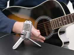 Learn a new musical instrument at home with 6 of Udemy's best courses
