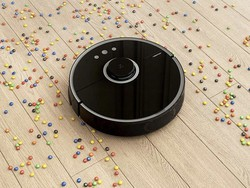 Let the Roborock S5 on sale for $360 sweep and mop your entire home