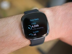 It's time to grab the best price ever on the new Fitbit Sense smartwatch