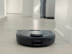 Clean those crumbs with the Neato Botvac D4 robot vacuum on sale for $300