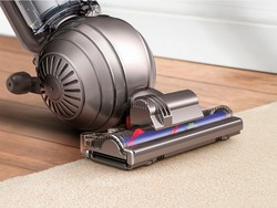 This early Black Friday vacuum deal saves you $200 on Dyson's pet model