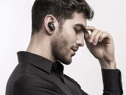 Save $40 and get a pair of 1More true wireless earbuds for Black Friday