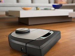 Get a new robot vacuum for Black Friday with $120 off the Neato Botvac D7