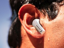 Pre-order the Olive Pro 2-in-1 Bluetooth hearables today for a 40% discount