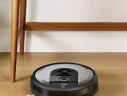 Get a nearly autonomous robot vacuum with the Roomba i6+ down to $550