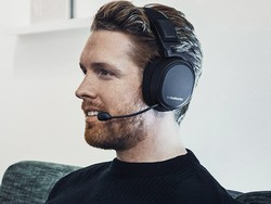 Save $90 and get Hi-Res audio with the SteelSeries Arctis Pro headset