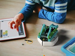 Teach your kids to code with iRobot's Root rt0 coding robot down to $100