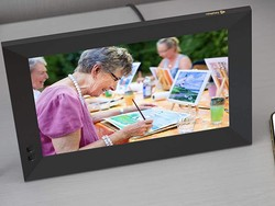 Share your photos with Nixplay's 10.1-inch smart frame on sale for $140