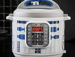 Cook some Tatooine street meat with an R2-D2 Instant Pot on sale for $60