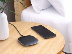 Add Aukey's slim wireless charging pad to your desk for just $7 today