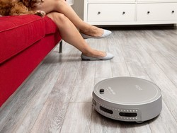 The $180 bObsweep bObi Pet robot vacuum cleans everything without you