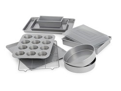 Take your holiday baking to the next level with this 10-piece Calphalon set for $52