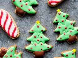 Conquer Christmas cookies with 35% off holiday baking essentials today