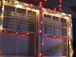 Get ready to decorate with these $20 Command Outdoor Light Clips