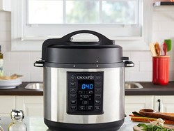 Make comfort food all winter with this $42 Crock-Pot Express