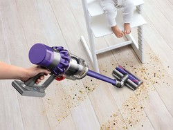 Grab a new Dyson Cyclone V10 Animal stick vacuum for just $380