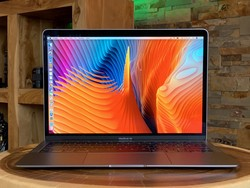 Flash MacBook Air 2020 deal drops its price by almost $100