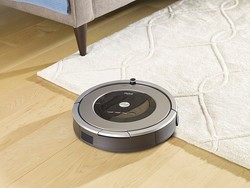 This one-day deal on iRobot's refurb Roomba 860 saves you $80