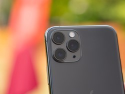 Save on brand new and unlocked iPhone 11 Pro devices via Woot